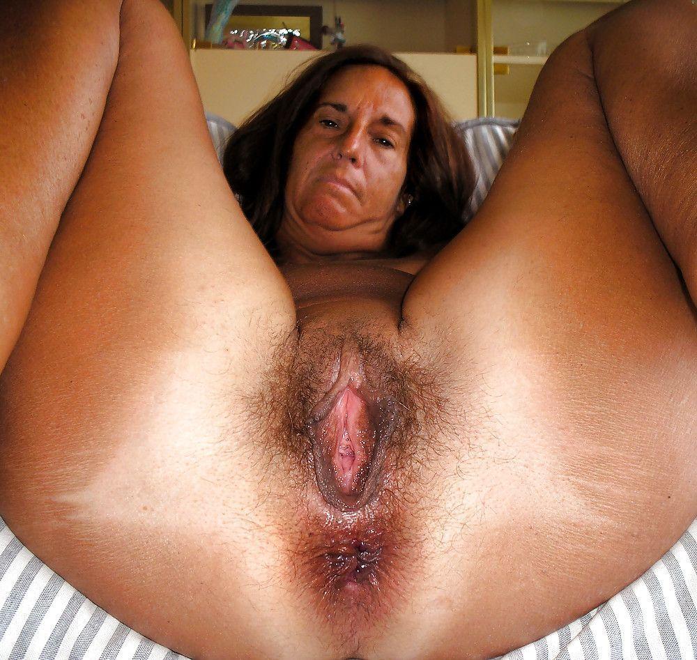 mature grosse